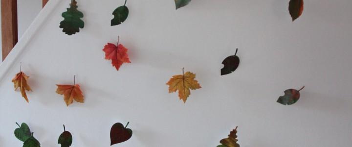 Guirlande de feuilles automnales